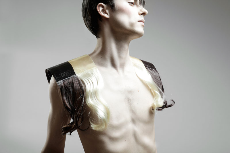 Shoulderpads-of-Hair_Graphical-Hair_Iris-van-Daalen