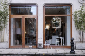 Mint-shop-When_Things_Bloom-CuratorCabinet-enterance-Studio-Thier&VanDaalen