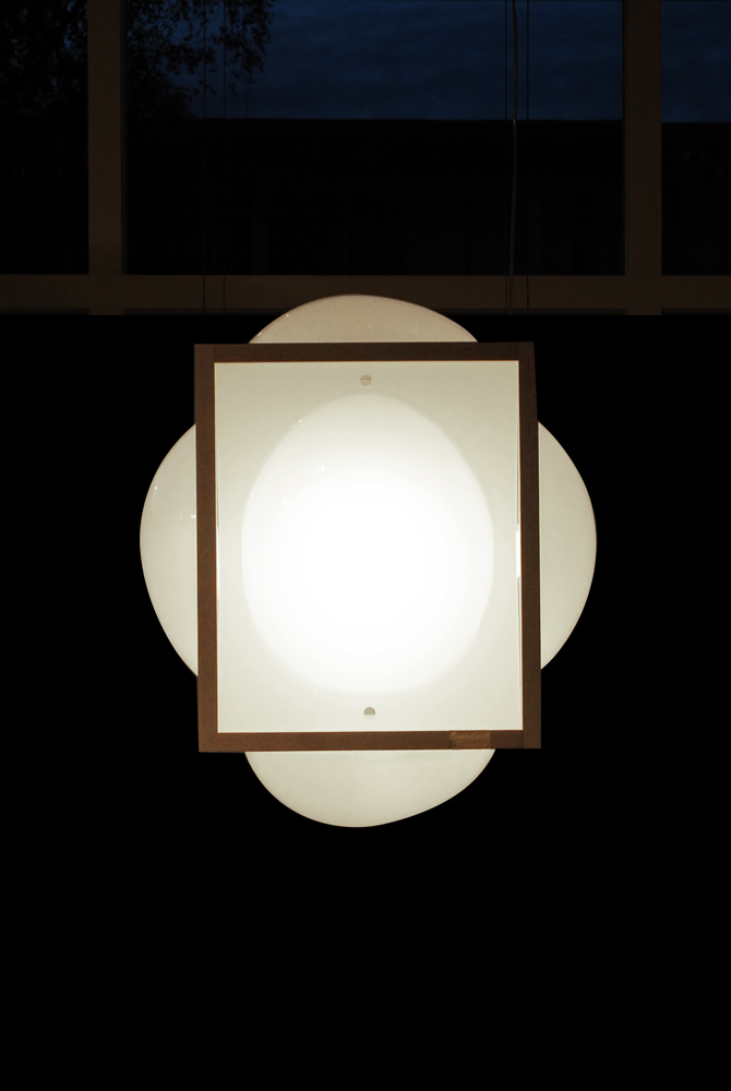 opaque-lamp_bubble_CuratorCabinet_v3