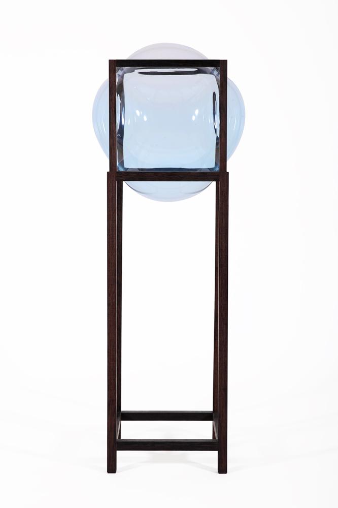 Round_Square-high_showcase_cabinet-empty-Studio_Thier&VanDaalen-web