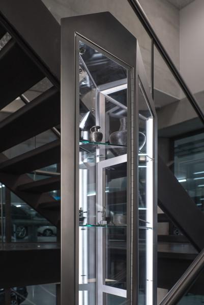 crystal_showcase_cabinets-stvd-peter_de_ruig-web-6